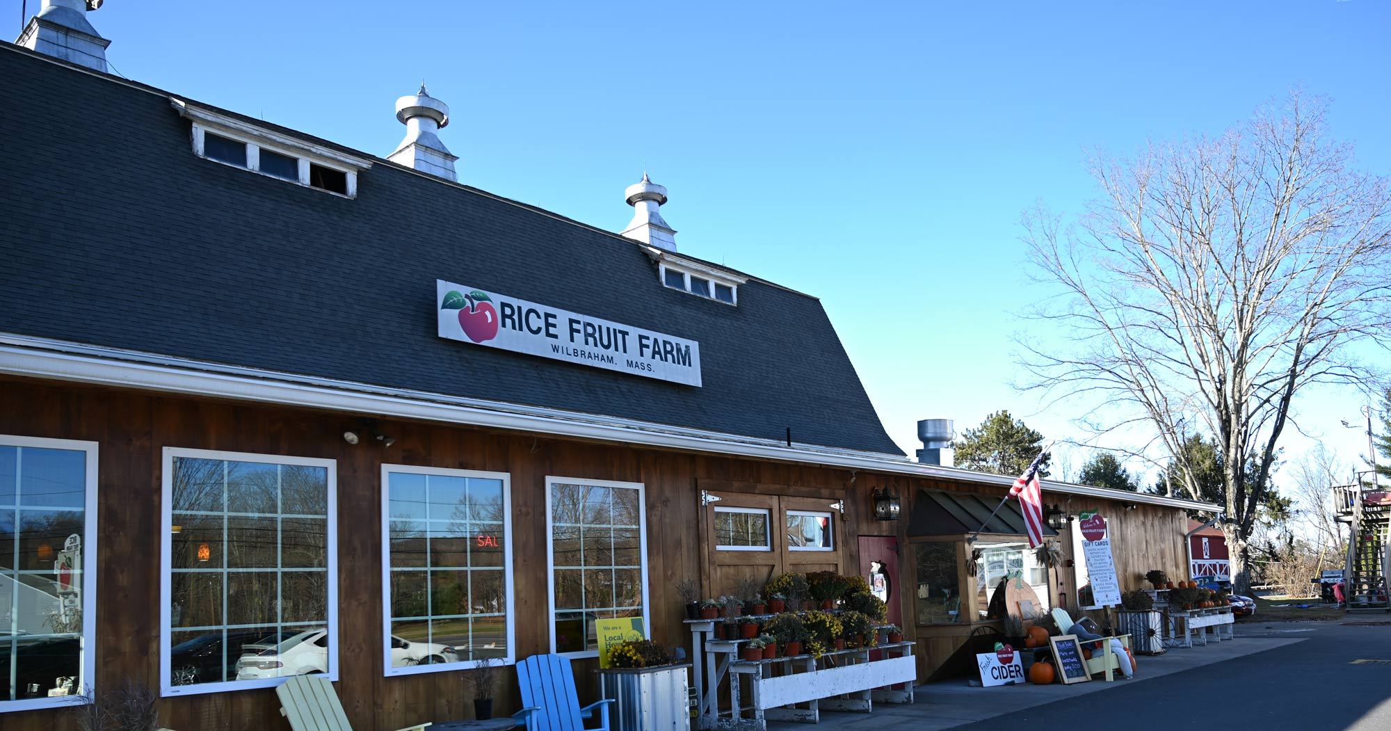 Rice Fruit Farm Wilbraham, Mass. front view of store